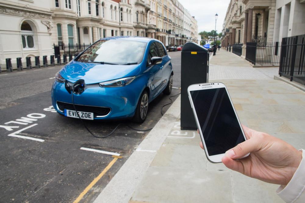 H Renault ανεβάζει την αυτονομία του ηλεκτρικού Zoe στα 320 χιλιόμετρα