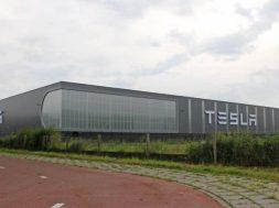 22-0.Tesla-Tilburg-plant-1asdf.48dd2dd103d7e71b8f675ee731fa0752