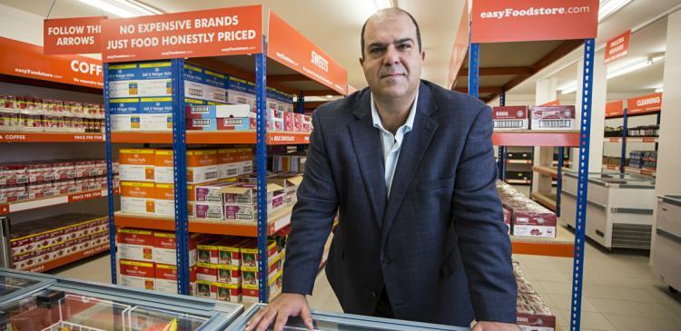 Η κίνηση Κύπριου επιχειρηματία που μας ξάφνιασε: Αποφάσισε να δώσει τη μισή του περιουσία σε φιλανθρωπίες – Μιλάμε για πολλά εκατομμύρια