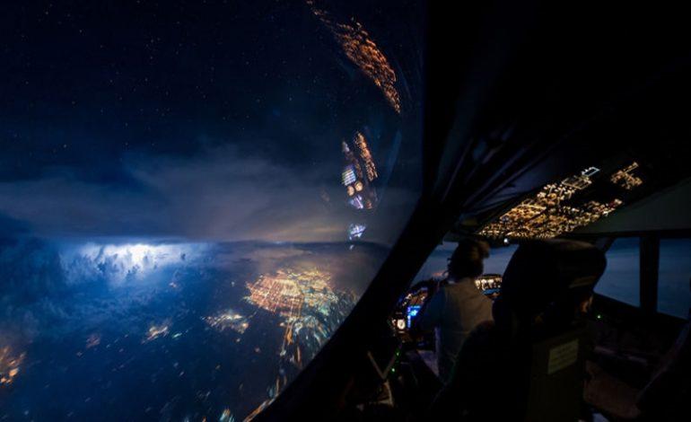 Εντυπωσιακές εικόνες… Αυτή τη θέα βλέπει ένας πιλότος καθημερινά! (pics)