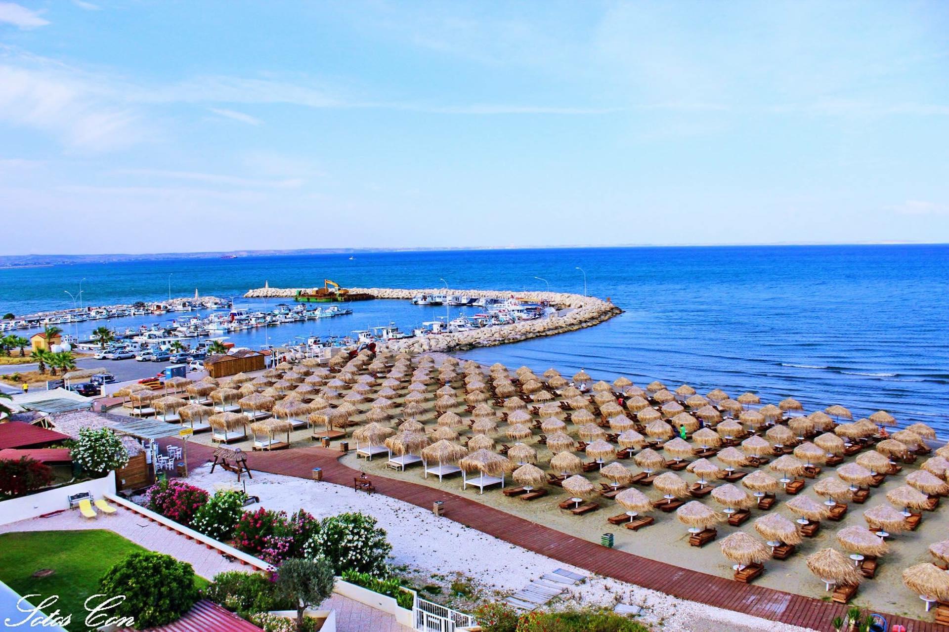 Μέχρι και σε παραλία υπό προστασία από μέλη της ΜΜΑΔ η Γρηγορίου – Της δόθηκε και ασύρματος