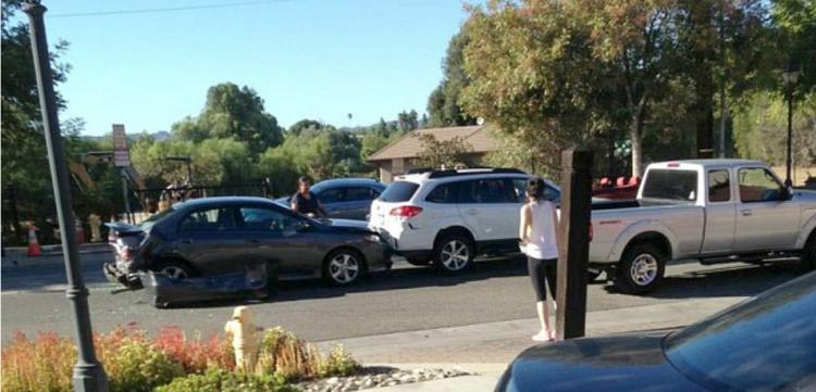 ΛΑΡΝΑΚΑ: Τριπλό τροχαίο – Εγκατέλειψε τη σκηνή τρέχοντας – Αναζητείται από την Αστυνομία!