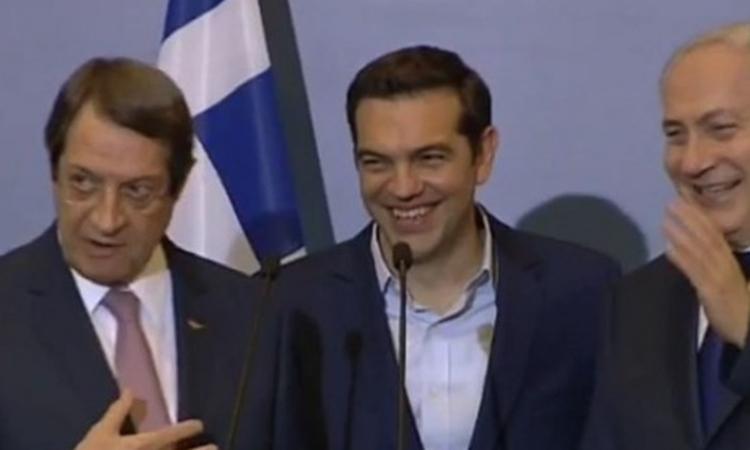 ΒΙΝΤΕΟ: Η ατάκα του Αναστασιάδη στον Τσίπρα για τη γραβάτα
