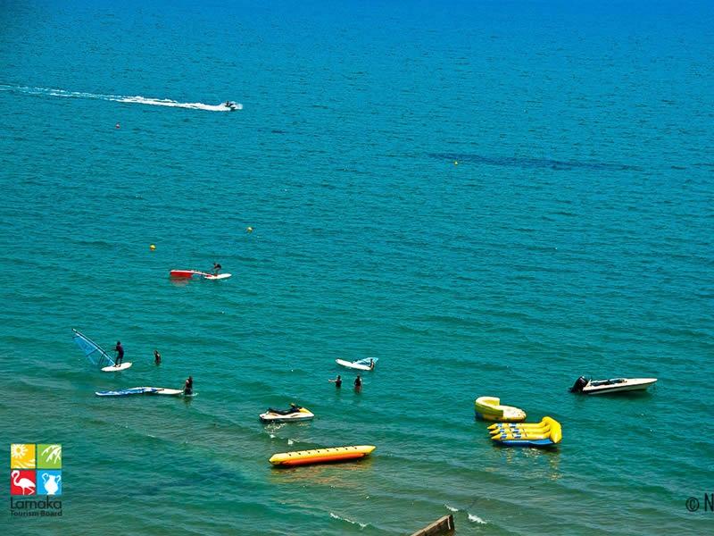 Αυτό το καλοκαίρι πάμε για θαλάσσιες δραστηριότητες στη Λάρνακα!