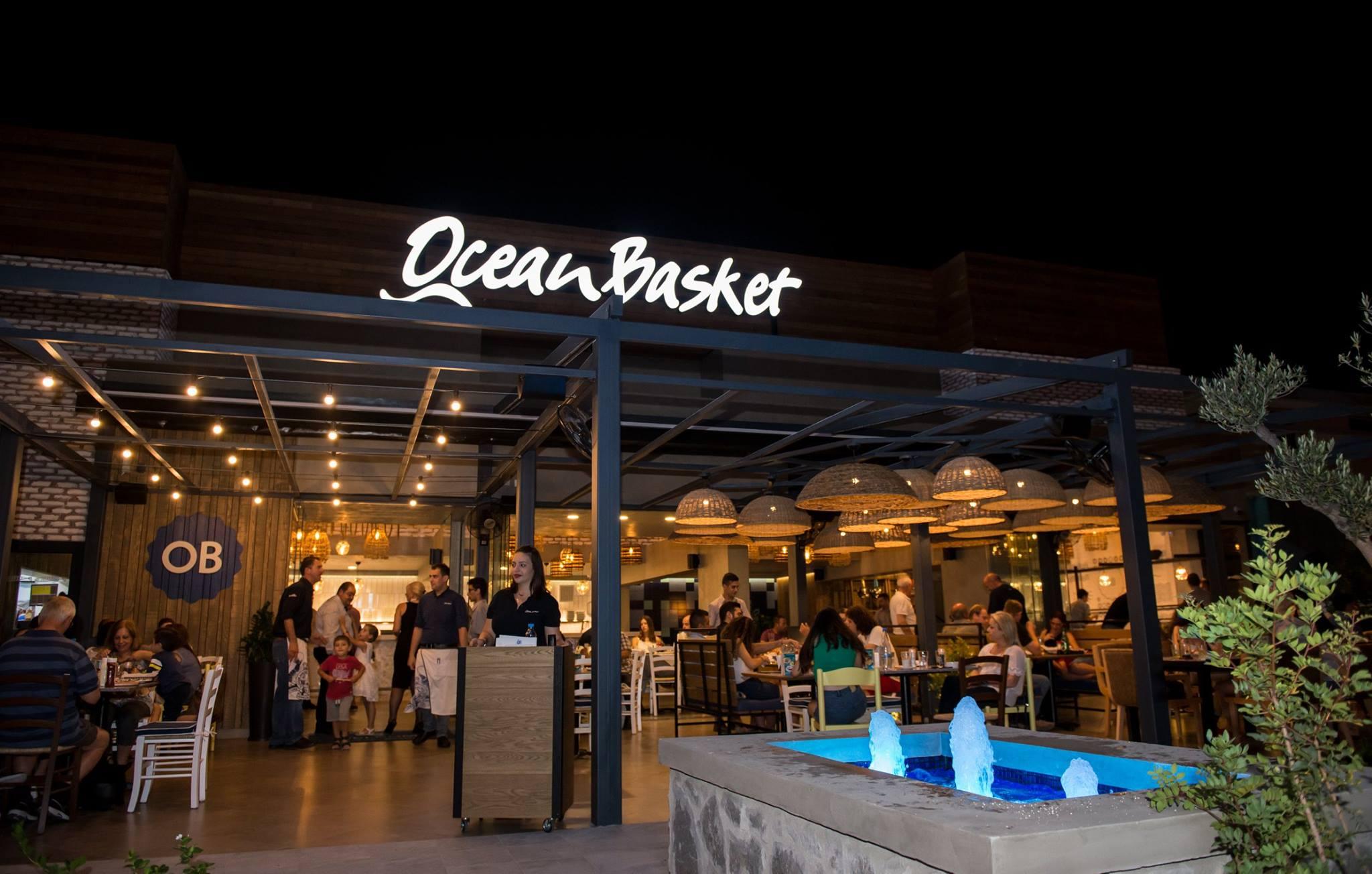 """Εντυπωσιάζει το νέο εστιατόριο Ocean Basket στην Δεκέλεια: """"Περάστε για μια υπέροχη εμπειρία…"""""""