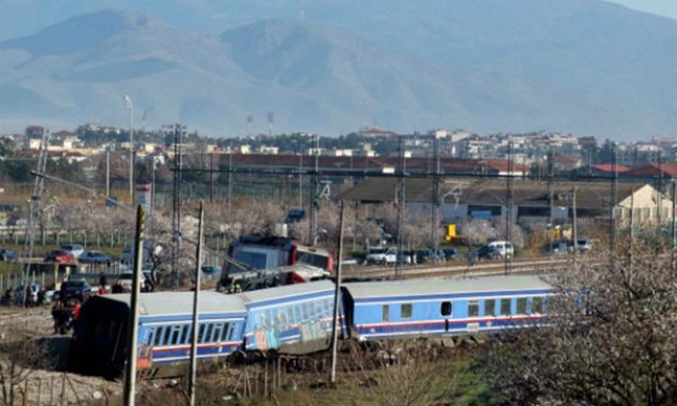 Εκτροχιασμός τρένου… Έκλεισε η γραμμή Αθήνα-Θεσσαλονίκη