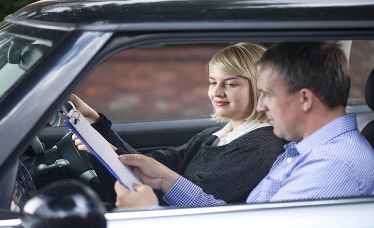 ΛΑΡΝΑΚΑ: Πωλούσε πλαστές άδειες οδήγησης – Παρίστανε τον εξεταστή και τσέπωνε τα χρήματα