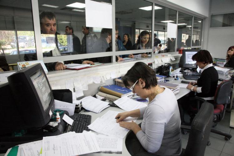 1.187 περισσότεροι οι έκτακτοι στο δημόσιο τον Οκτώβριο