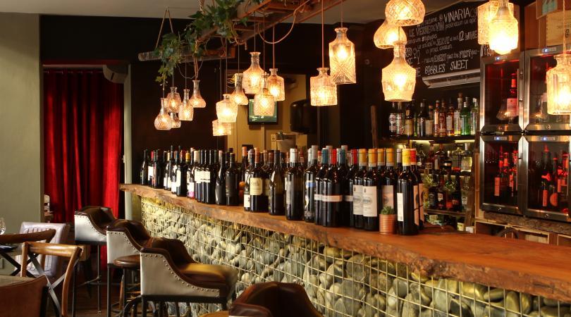 Νέα άφιξη στη Λάρνακα με twisted tapas της διεθνούς και κυπριακής κουζίνας με έμφαση στο κρασί (pics)