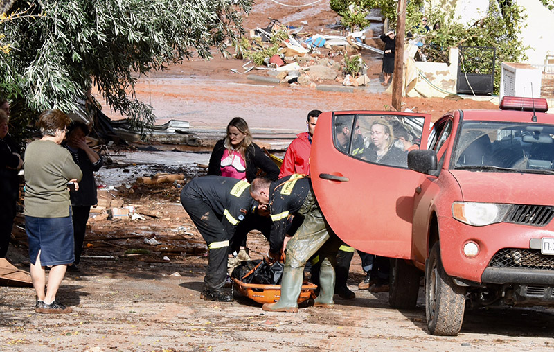 Συγκλονισμένος ο Αλέξης Τσίπρας κήρυξε εθνικό πένθος για τα θύματα των πλημμυρών – Νέες εικόνες από τη τραγωδία- ΦΩΤΟΓΡΑΦΙΑ & VIDEO