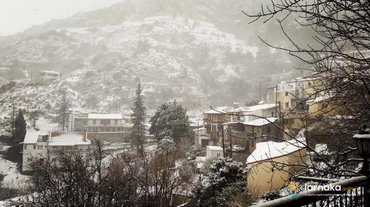 Ψυχρή αέρια μάζα συνεχίζει να μας επηρεάζει – Αναμένονται χιόνια