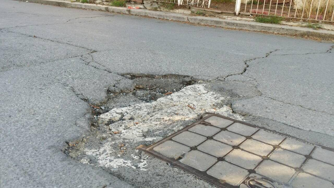 Ο Σκαλιώτης επιστρέφει: «Τραγική η κατάσταση στους δρόμους στο Σταυροδρόμι»