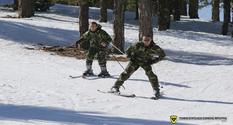 Στα βουνά του χιονισμένου Τροόδους για μια εβδομάδα οι Λοκατζήδες (pics)