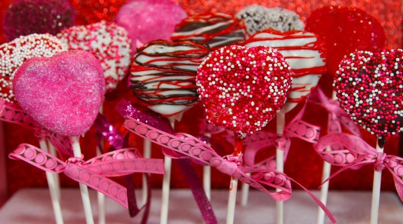 17 ζαχαροπλαστεία για τα γλυκά των ερωτευμένων