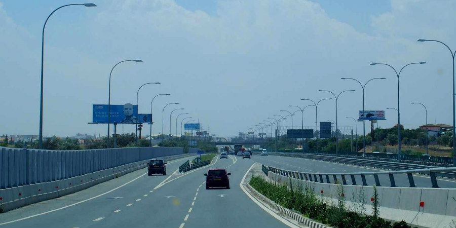 ΕΚΤΑΚΤΟ: Τροχαίο στον αυτοκινητόδρομο – Στο σημείο ασθενοφόρο και πυροσβεστική