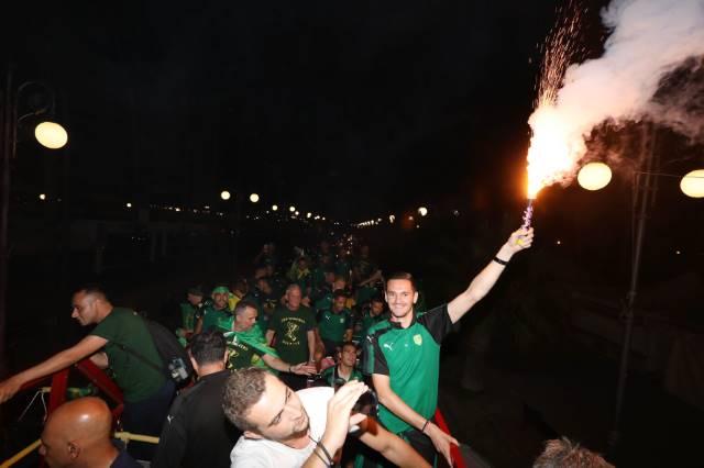 """""""Κάηκαν"""" οι Φοινικούδες και μετά μέθυσαν με το Κύπελλο στο Ammos (videos-pics)"""