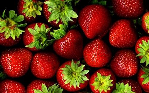 Τριαντάφυλλος και Πέτρος Ίμβριος στο 11ο Φεστιβάλ Φράουλας στη Δερύνεια