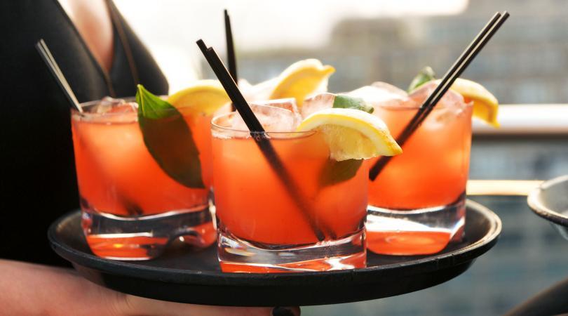 To πρώτο περιστρεφόμενο lounge bar της Κύπρου ετοιμάζεται να ανοίξει