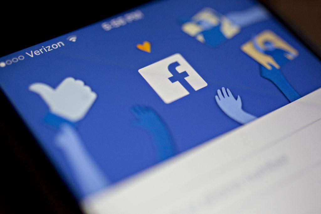p20-Facebook