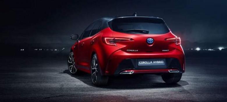 """H Toyota καταργεί το Auris και επαναφέρει την Corolla"""