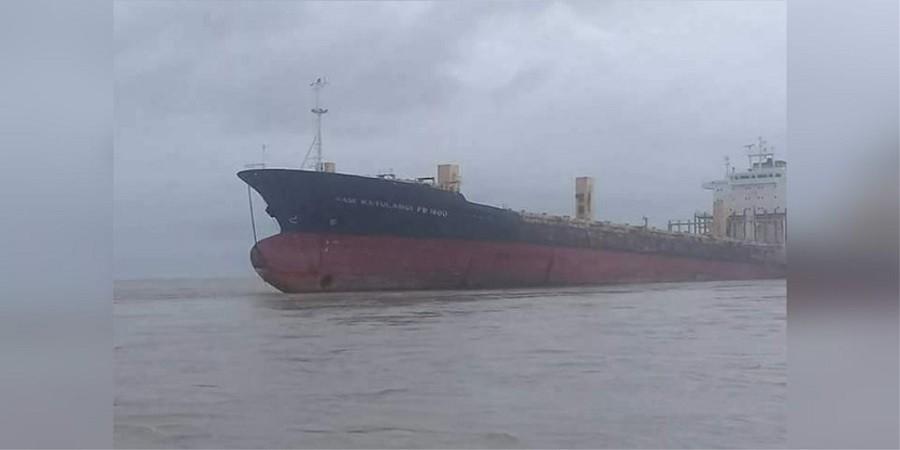 Μυστηριώδες πλοίο «φάντασμα» επανεμφανίστηκε μετά από 9 χρόνια