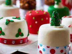 mini_christmas_cakes_2000