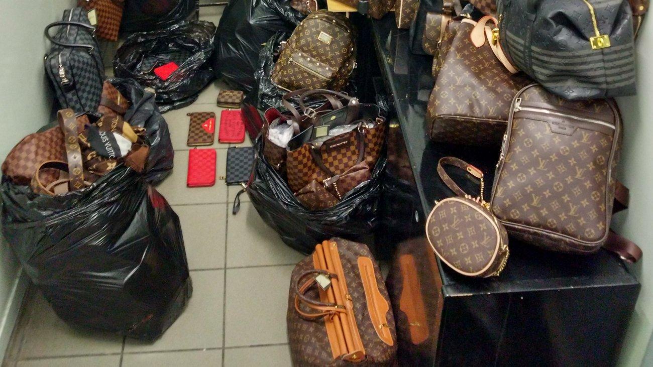 Ντου της αστυνομίας σε κατάστημα στη Λάρνακα και κατάσχεση εκατοντάδων μαϊμού προϊόντων