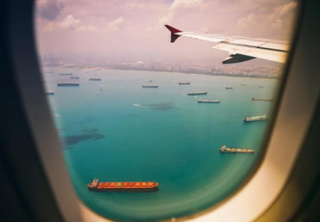 Ταξιδέψτε δωρεάν ανά τον κόσμο με μισθό 1.700 ευρώ