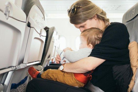 Μητέρα ξέχασε το μωρό της στο αεροδρόμιο