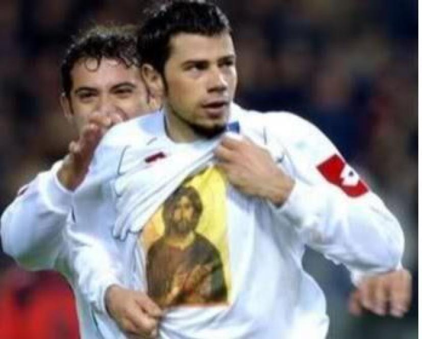 Ο Σέρβος επιθετικός που ομολόγησε Χριστό μέσα σε Τουρκικό γήπεδο και θέλει να γίνει μοναχός στο Άγιο Όρος!