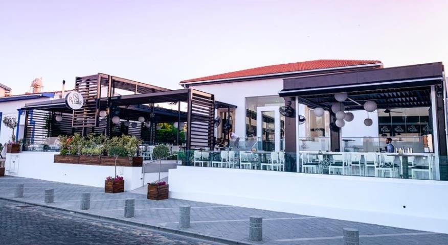 Άνοιξε το Pyxida Seafront στη Λάρνακα