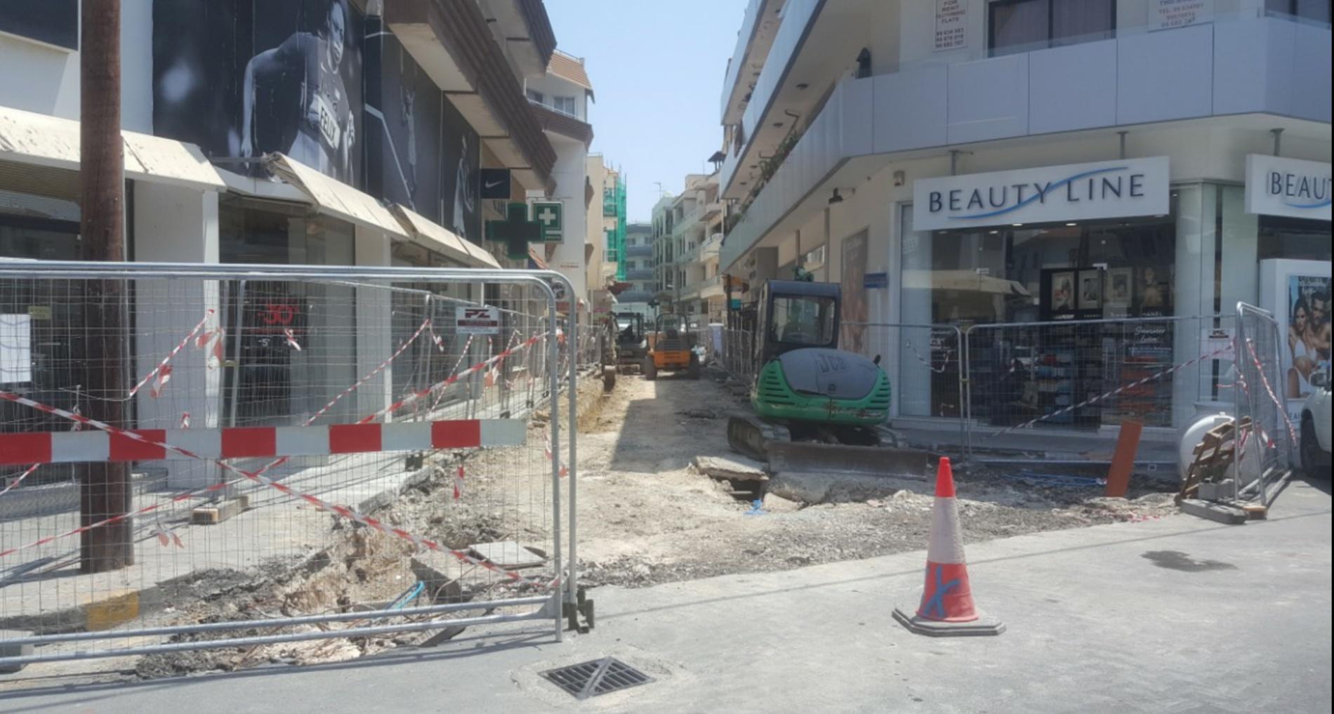 Ταλαιπωρία καταστηματαρχών από τα έργα διευκόλυνσης ΑμεΑ στη Λάρνακα