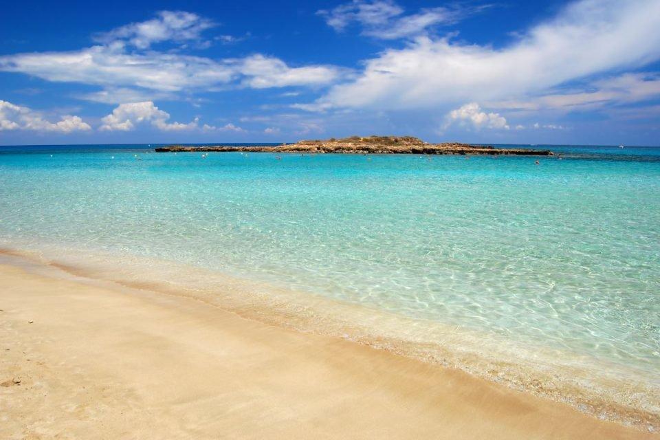 Κυπριακή η 3η καλύτερη παραλία στον κόσμο