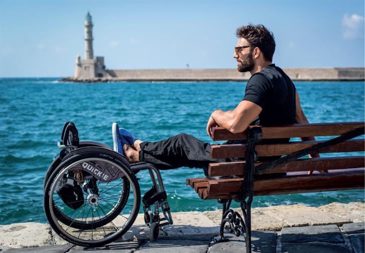 Αντώνης Τσαπατάκης: Όλοι είμαστε εν δυνάμει ανάπηροι (ηχητικό)