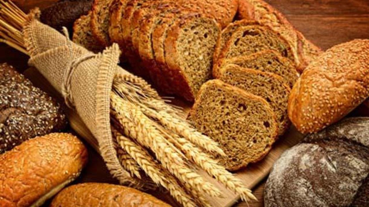 4 λόγοι που πρέπει να (ξανά) βάλεις το ψωμί στη διατροφή σου!