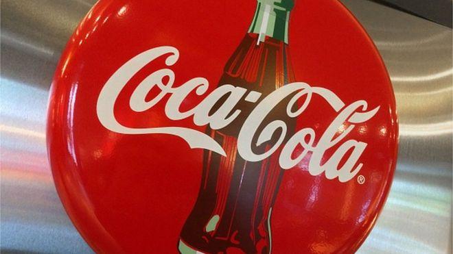Αλλάζει η συσκευασία της Coca Cola – Τι αφαιρεί και πως θα μοιάζει;