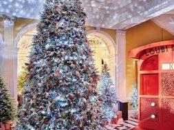 claridges-christmas-tree-christian-louboutin-1574436598