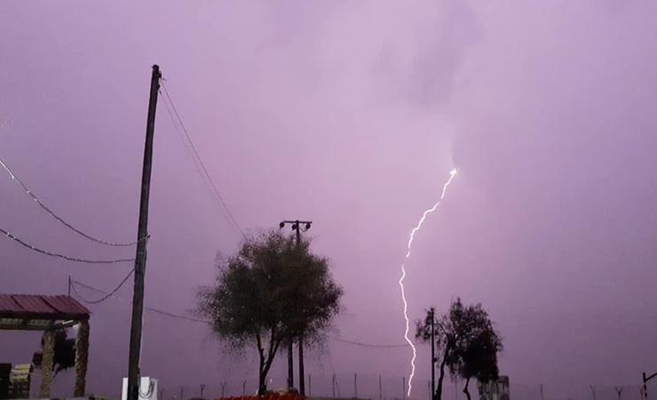 ΒΙΝΤΕΟ: Σε κλοιό βαρυχειμωνιάς η Κύπρος. Βροχές και καταιγίδες σε όλες τις πόλεις