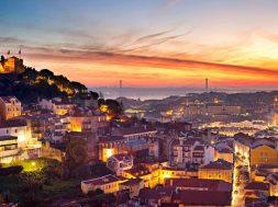 Portugal_Lisbon__Ashutterstock_240891601