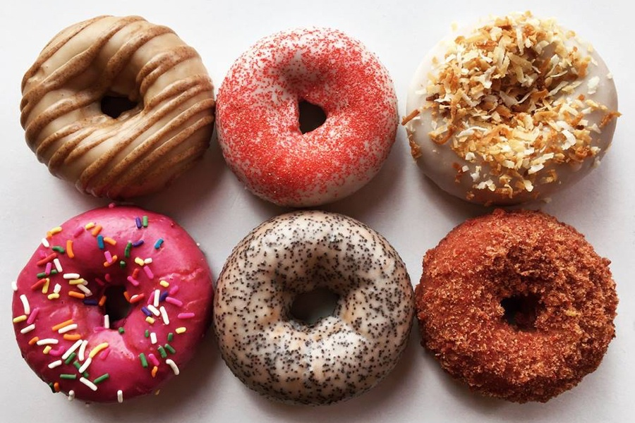 Φτιάξε εύκολα και λαχταριστά donuts στο φούρνο