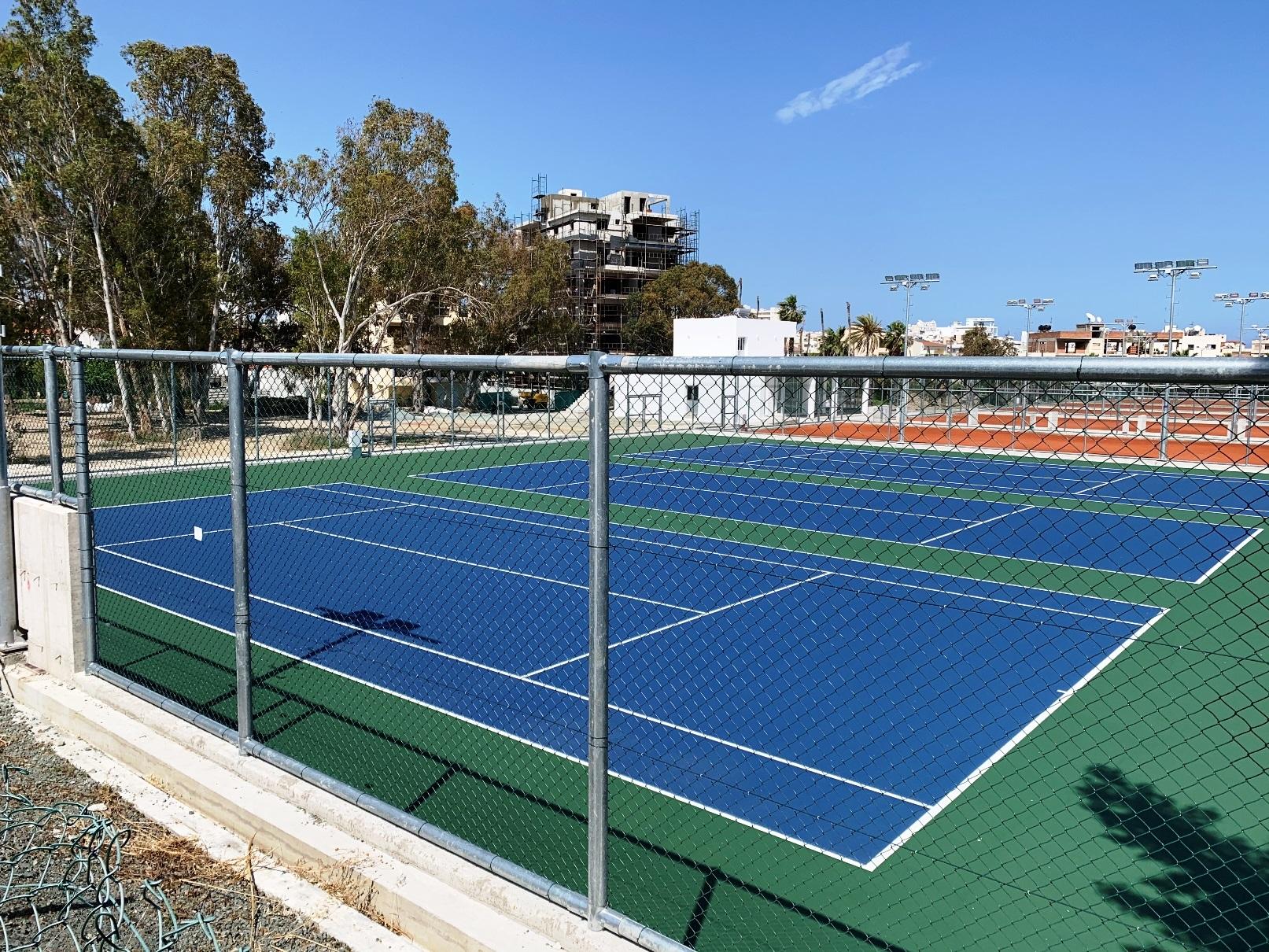 Μετακίνηση ομίλου και γηπέδων αντισφαίρισης Λάρνακας