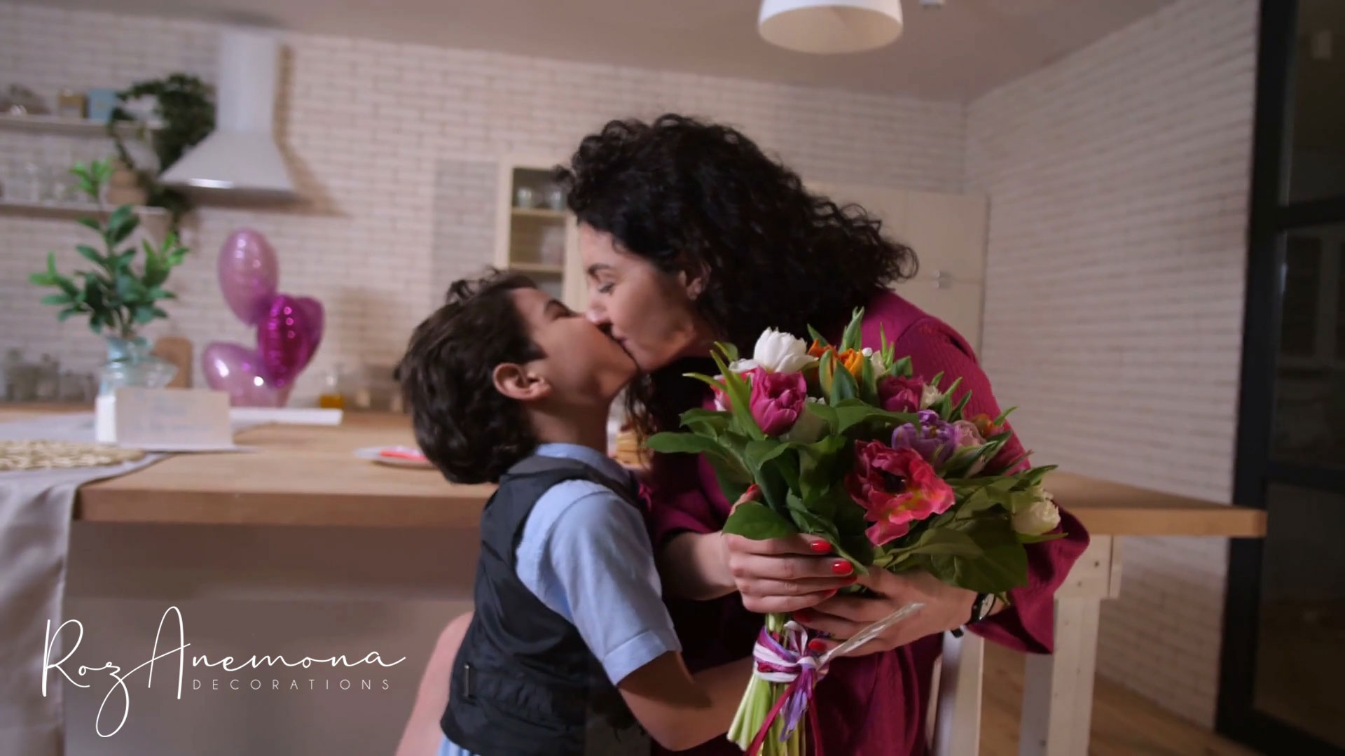 Mother's-day-wide-feature (2)