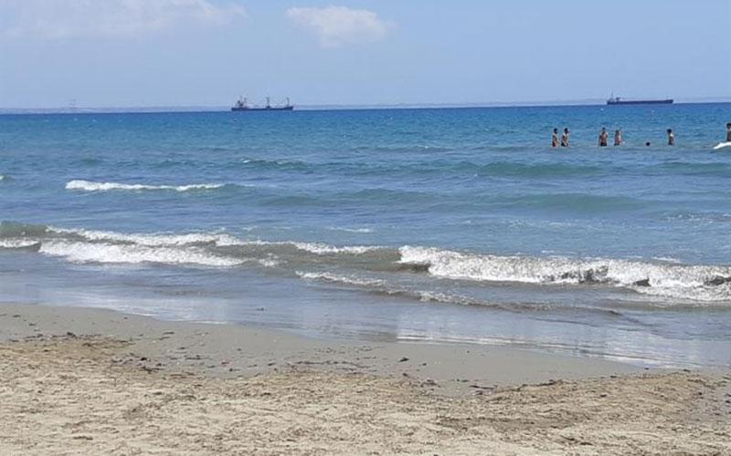 Λάρνακα: Μικρή η προσέλευση στις παραλίες…