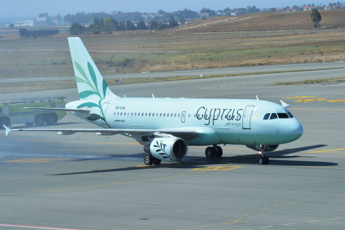 Αναστέλλει πτήσεις προς Θεσσαλονίκη και Σκιάθο η Cyprus Airways