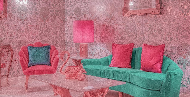 Αυτό είναι το διάσημο, ροζ Instagrammable ξενοδοχείο