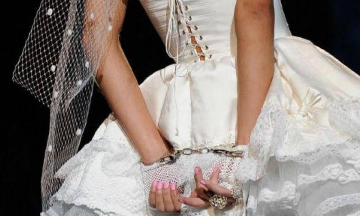 Αεροδρόμιο Λάρνακας: Συνέλαβαν 10 γυναίκες που ήρθαν για εικονικούς γάμους και τις έστειλαν πίσω Ρουμανία