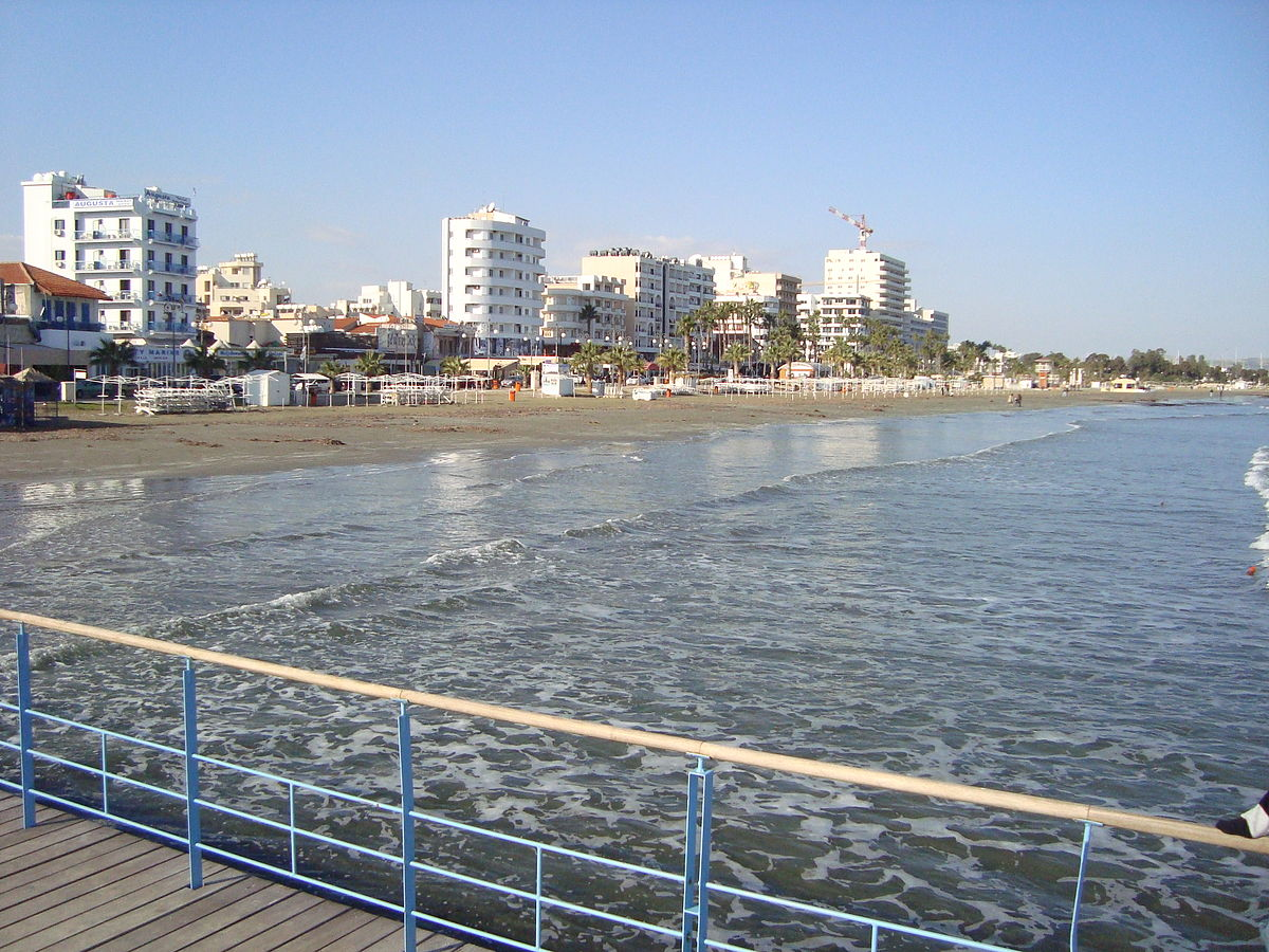 1200px-Larnaca_by_the_sea