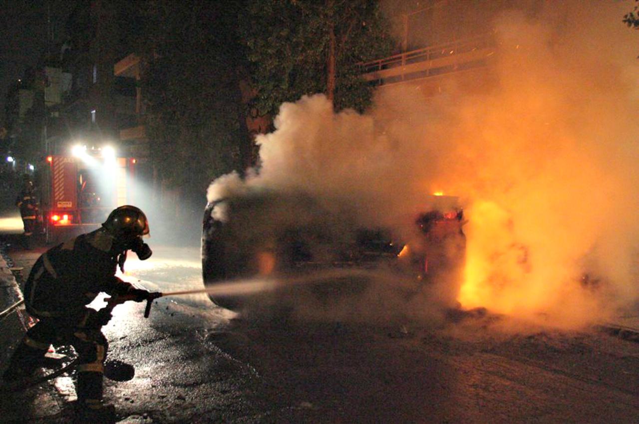 Οχήματα άρπαξαν φωτιά μετά από τροχαίο στον αυτο/δρομο Λάρνακας – Αγίας Νάπας