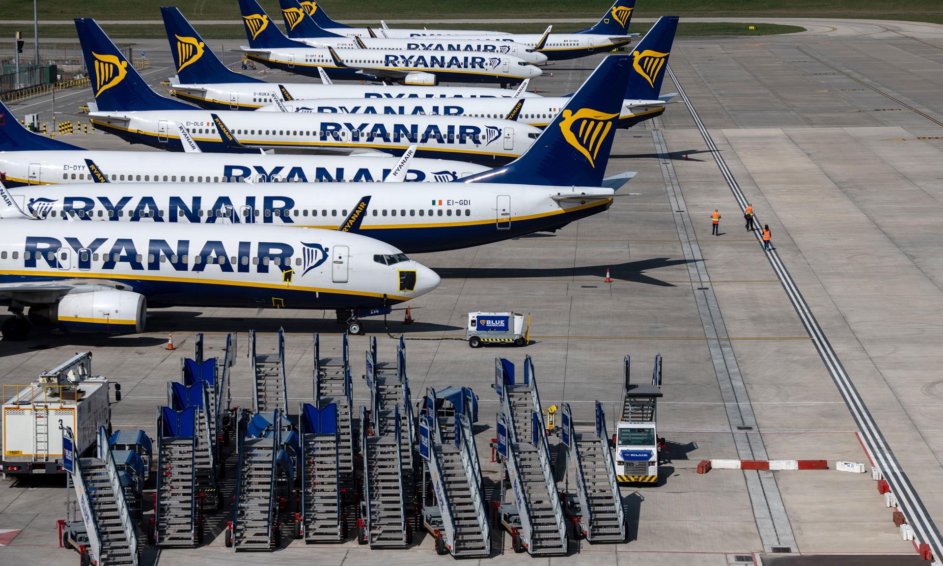 Η Ryanair ανακοίνωσε εκπτώσεις σε 9 προορισμούς (για λίγες μόνο ώρες)