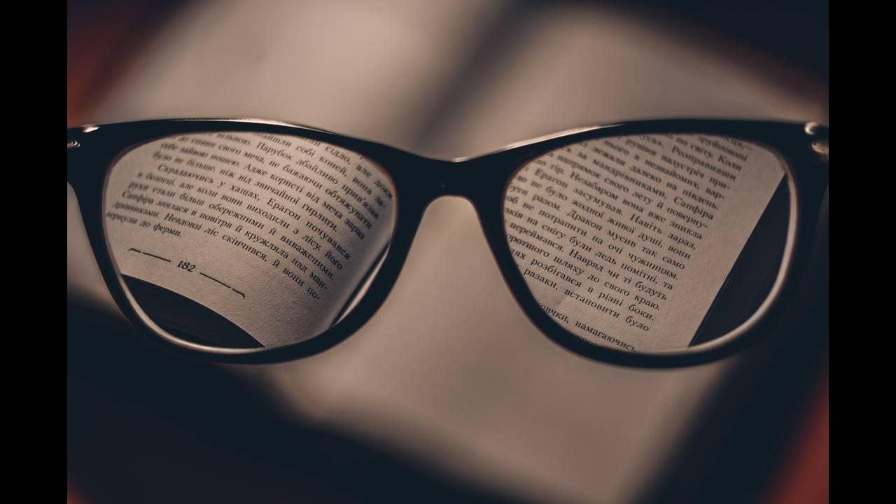 Μελέτη:Όσοι φοράνε γυαλιά έχουν μικρότερη πιθανότητα να νοσήσουν από COVID19